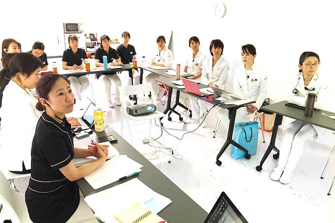 京都市左京区 おおくぼ歯科クリニック スタッフ定期勉強会
